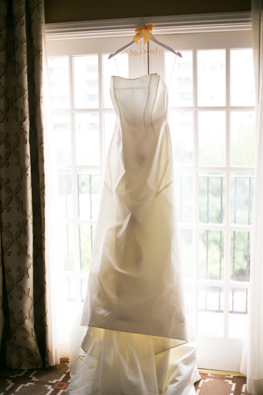 Wedding Dress Details - Dallas, Tx - Summer Wedding - Julian Leaver Events