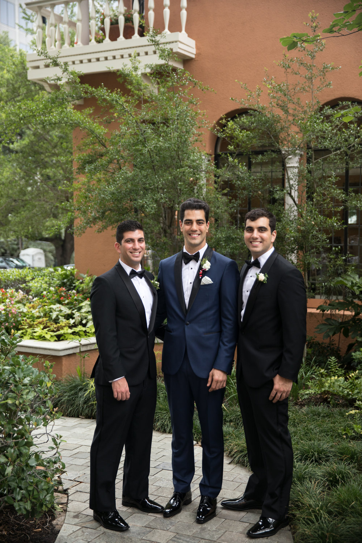 Groomsman Details - Dallas, Tx - Summer Wedding - Julian Leaver Events