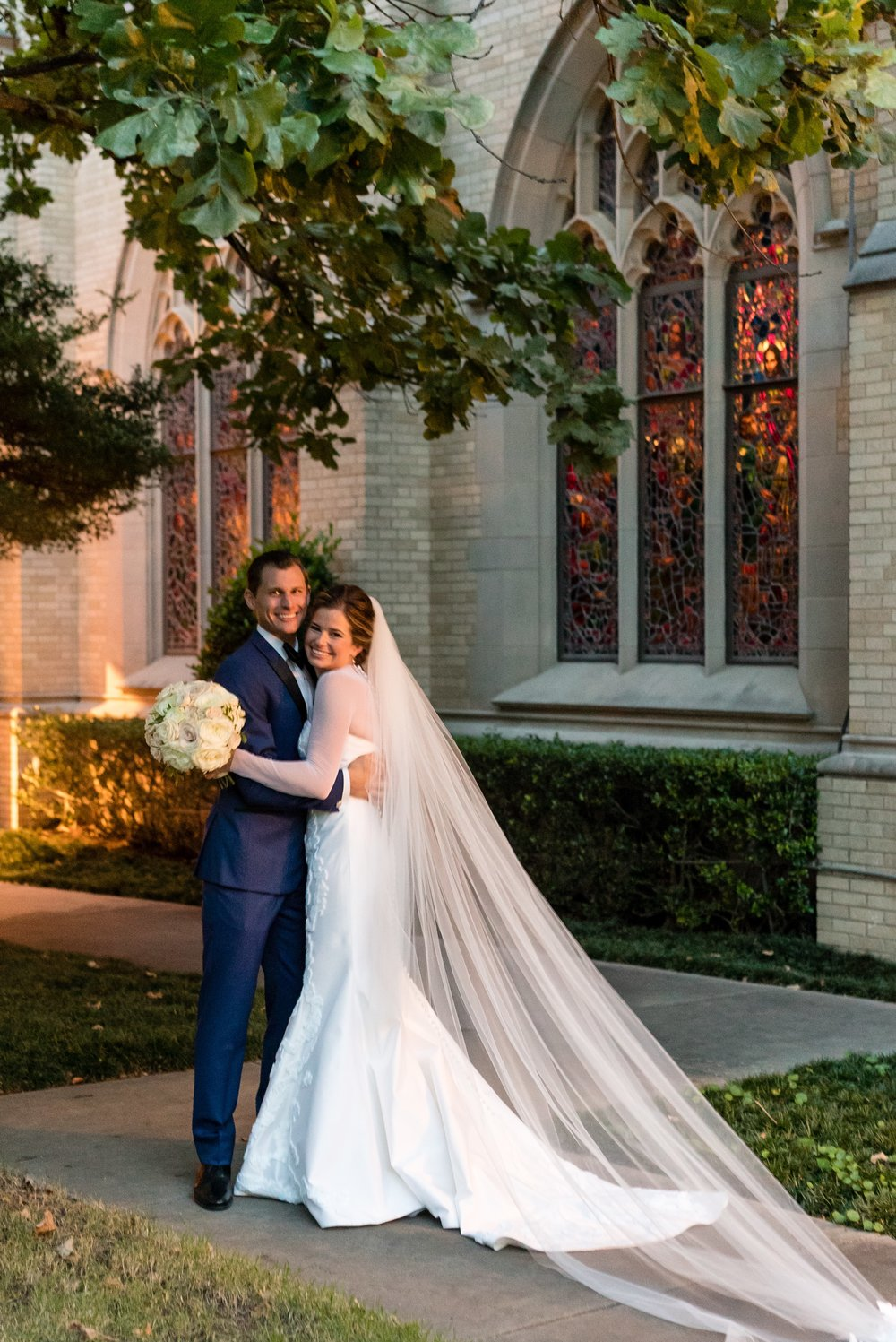 Couple Details - Dallas, Tx - Fall Wedding - Julian Leaver Events