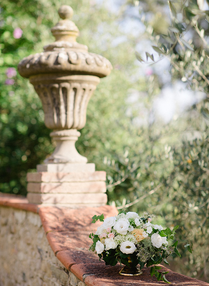 Flower Details - Castello Di Casole,Italy - Summer Wedding - Julian Leaver Events