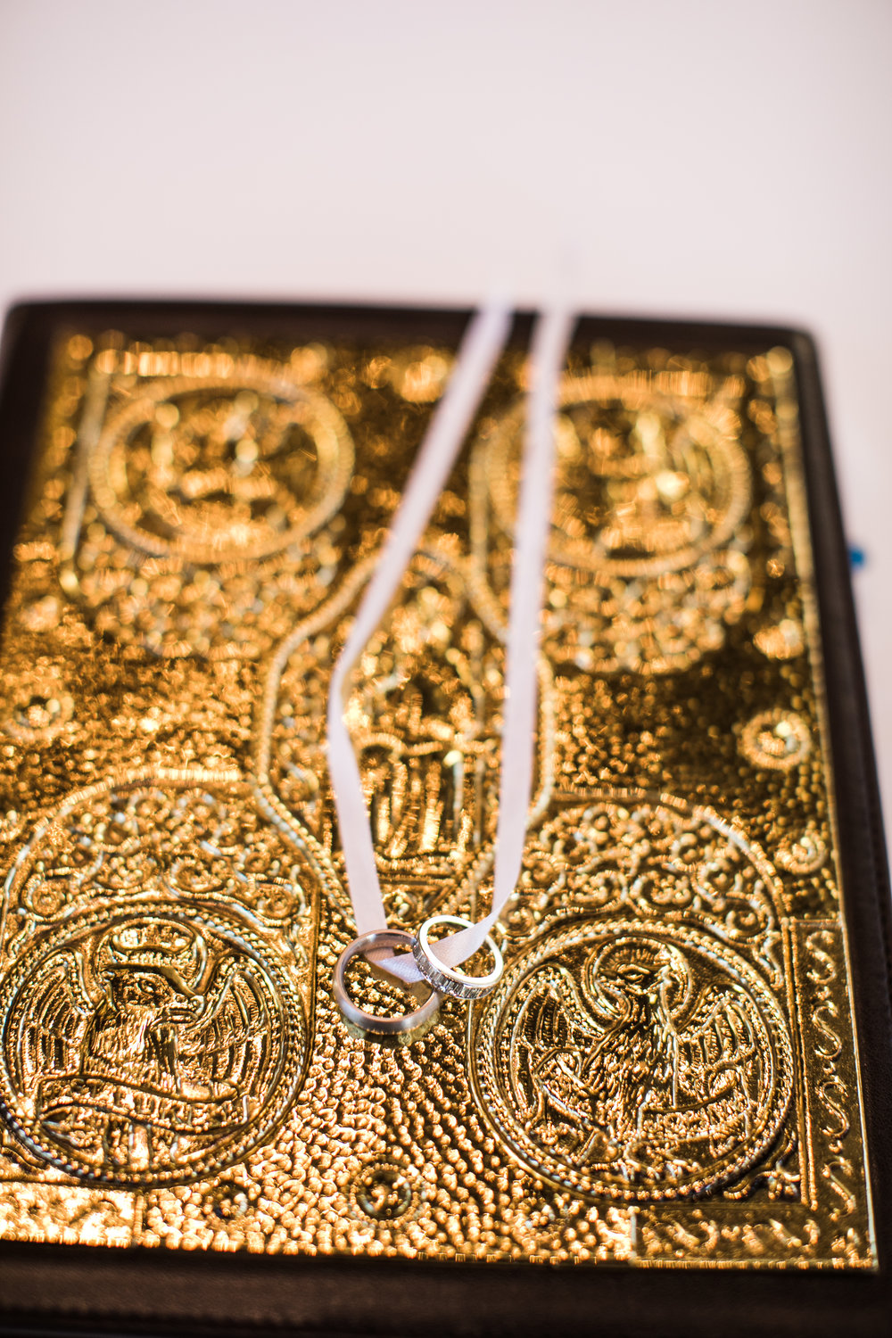 Jewelry Details - Amarillo, Texas - Winter Wedding - Julian Leaver Events