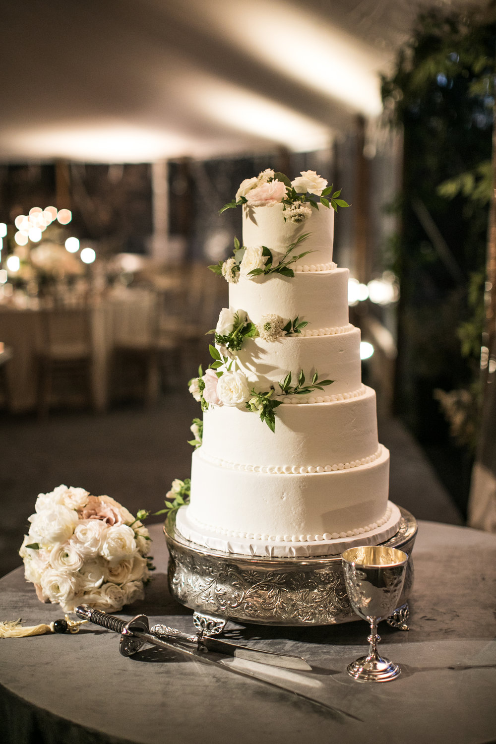 Cake Details - Amarillo, Texas - Winter Wedding - Julian Leaver Events