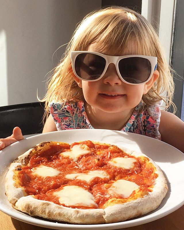 It may be hot outside, but our customers are cool as ever 😎 • • • • #littlefoodie #pizzalover #northvancouver #sunnyday #weekend #pizzeria