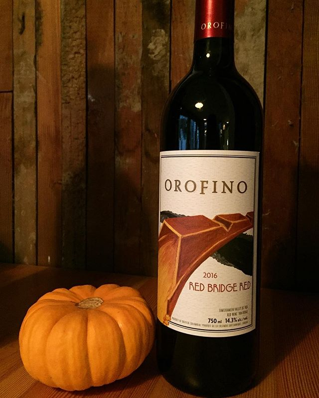 Happy Hallo-wine 😱$10 off all bottles of wine tonight and every Wednesday 🍷Our new favourite BC red right here @orofino_winery!
