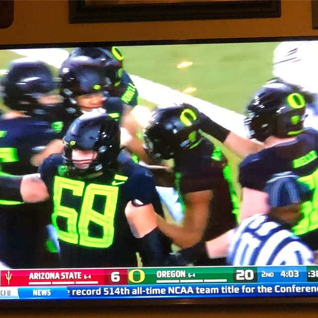 Shout out to @goducks for wearing our colors! Appreciate the shout out #goducks #limegreenandblack