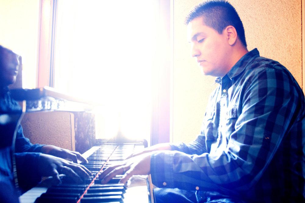 Pablo piano (1).jpg