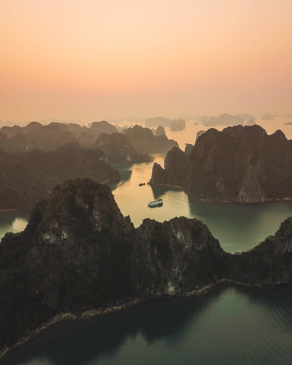 ha long bay-4.jpg