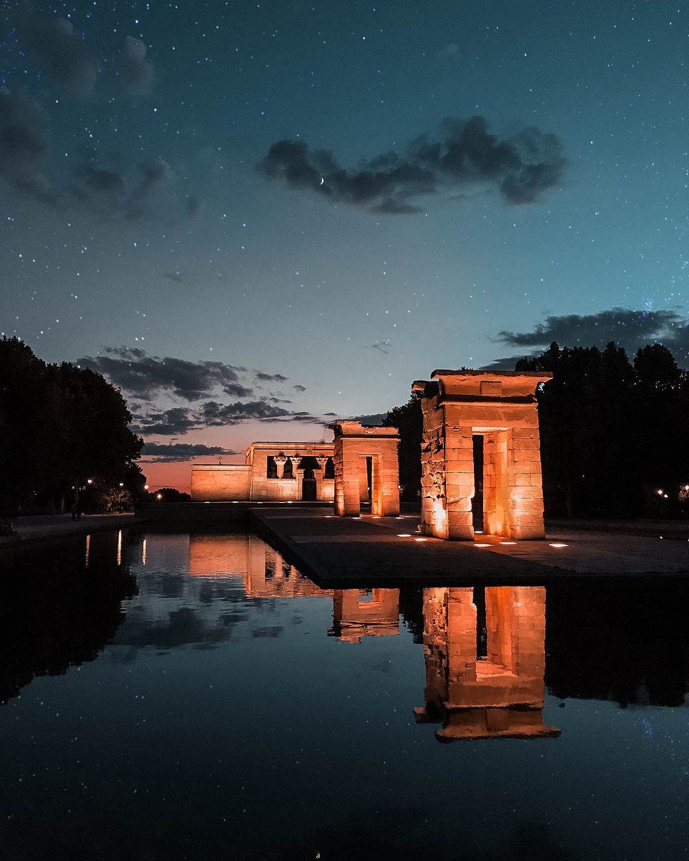 temple-stars.jpg