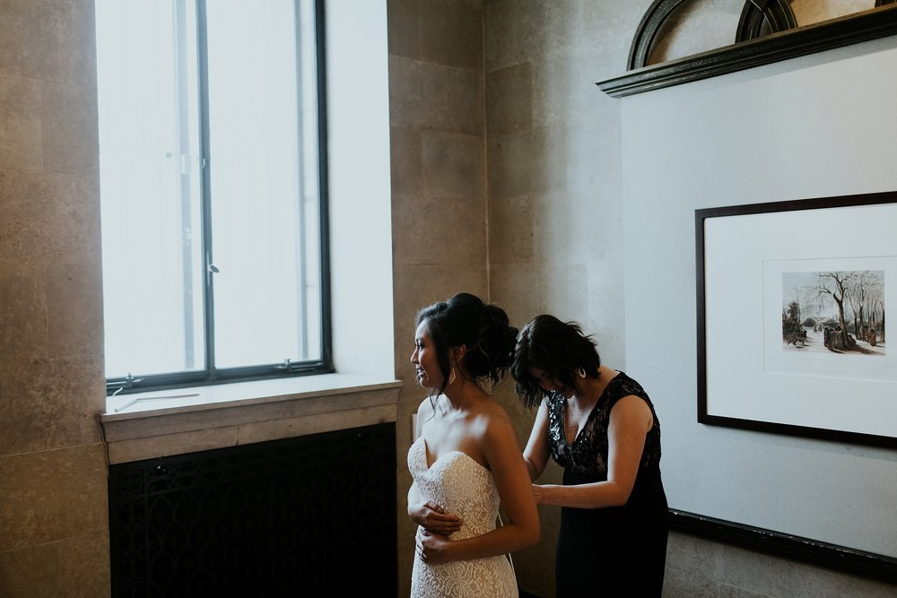 Whimsical Joslyn Art Museum Wedding by Trin Jensen - Omaha Nebraska Wedding Photographer_0003.jpg