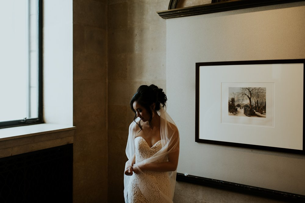Whimsical Joslyn Art Museum Wedding by Trin Jensen - Omaha Nebraska Wedding Photographer_0006.jpg