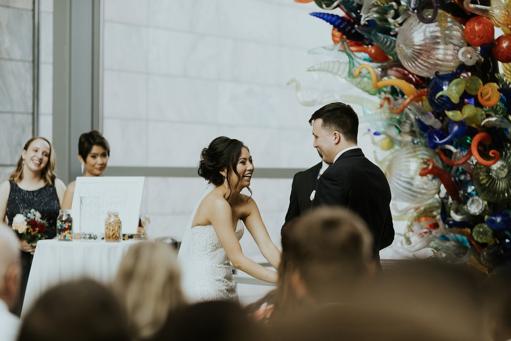 Whimsical Joslyn Art Museum Wedding by Trin Jensen - Omaha Nebraska Wedding Photographer_0016.jpg