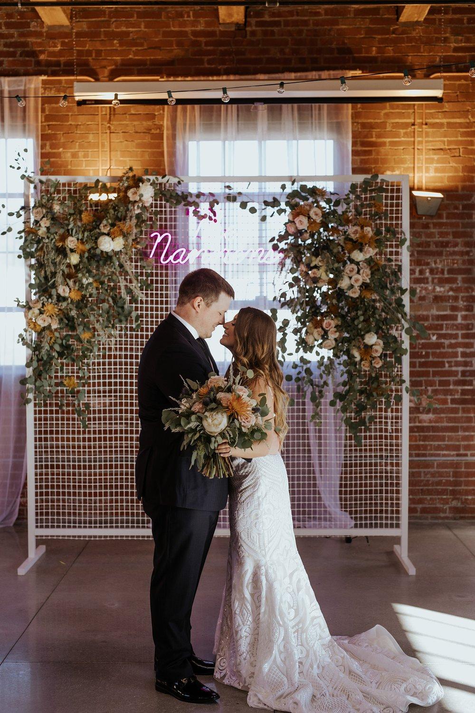 The Omar Arts and Events Center Wedding in Midtown Omaha Nebraska  - Trin Jensen Photography_0021.jpg