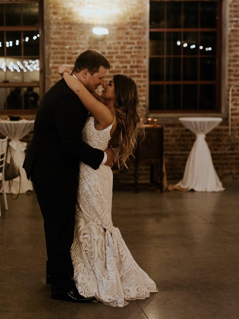 The Omar Arts and Events Center Wedding in Midtown Omaha Nebraska  - Trin Jensen Photography_0042.jpg