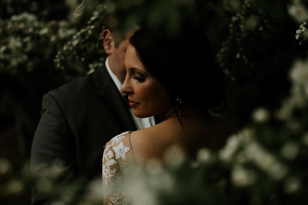 Romantic Lauritzen Gardens Omaha Wedding  - Trin Jensen Photography_0024.jpg