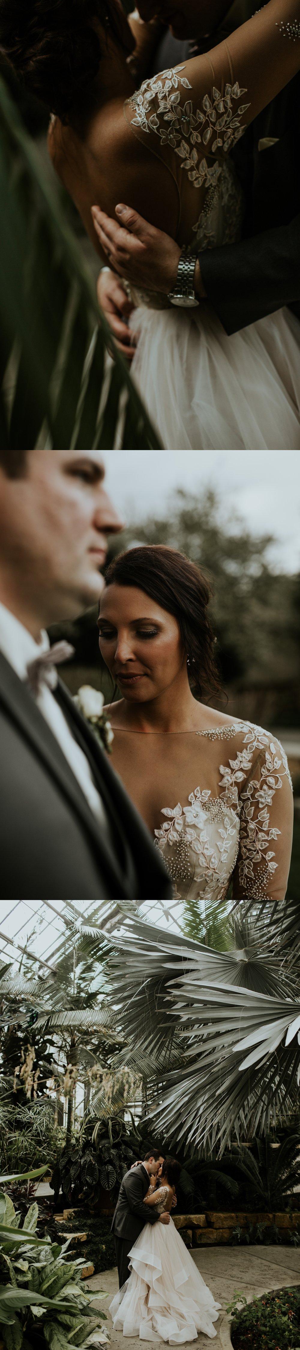 Romantic Lauritzen Gardens Omaha Wedding  - Trin Jensen Photography_0021.jpg