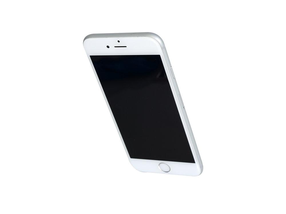 2 iPhone 6S.jpg