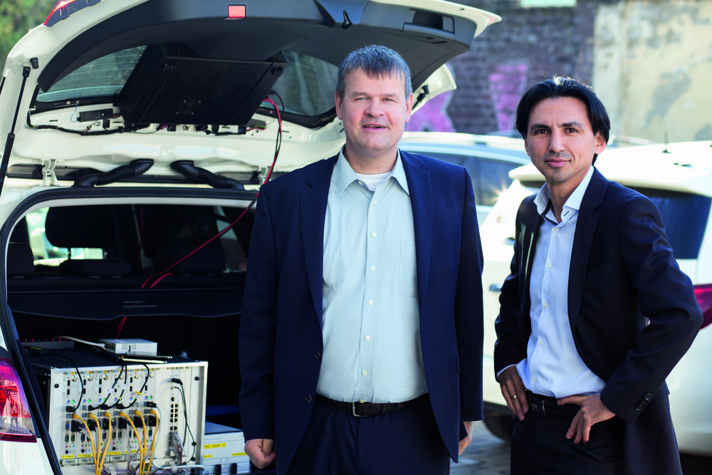 Professional and critical: Bernd Theiss, head of test and technology at connect (on the left), and Hakan Ekmen, managing director of P3 communications (on the right).
