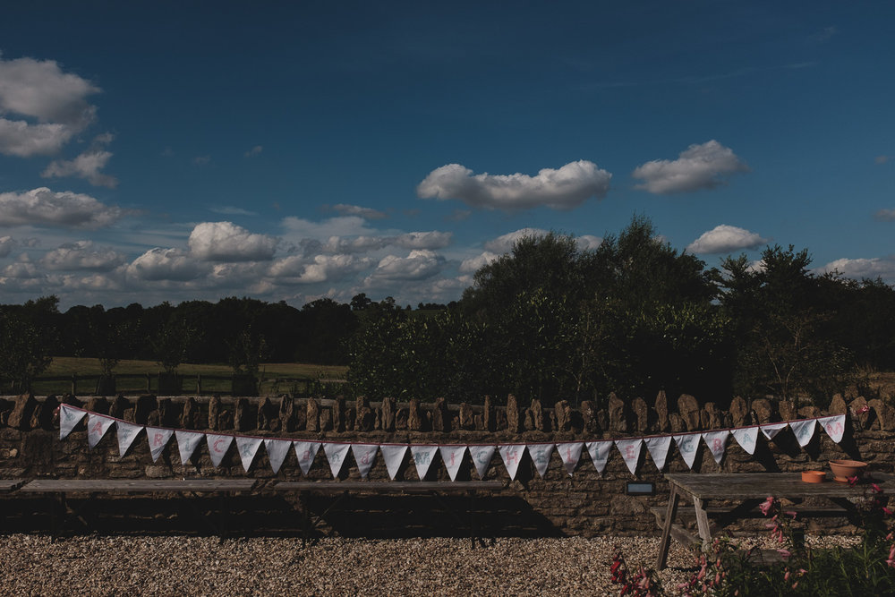 Winkworth-Farm-malmesbury-wedding-photography-65.jpg
