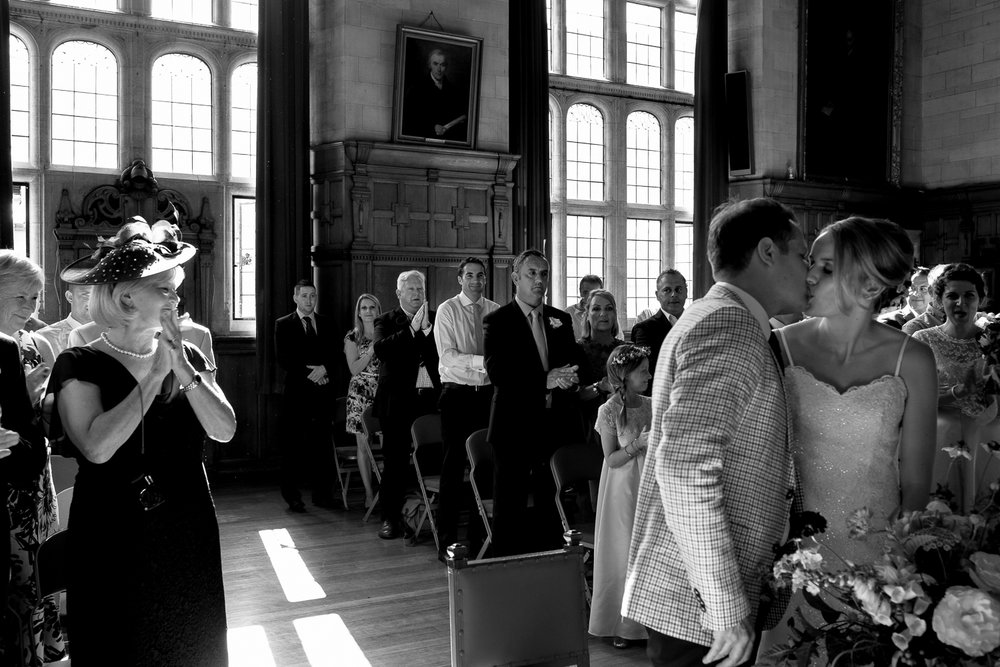 Oxford Town Hall wedding photographer-35.jpg