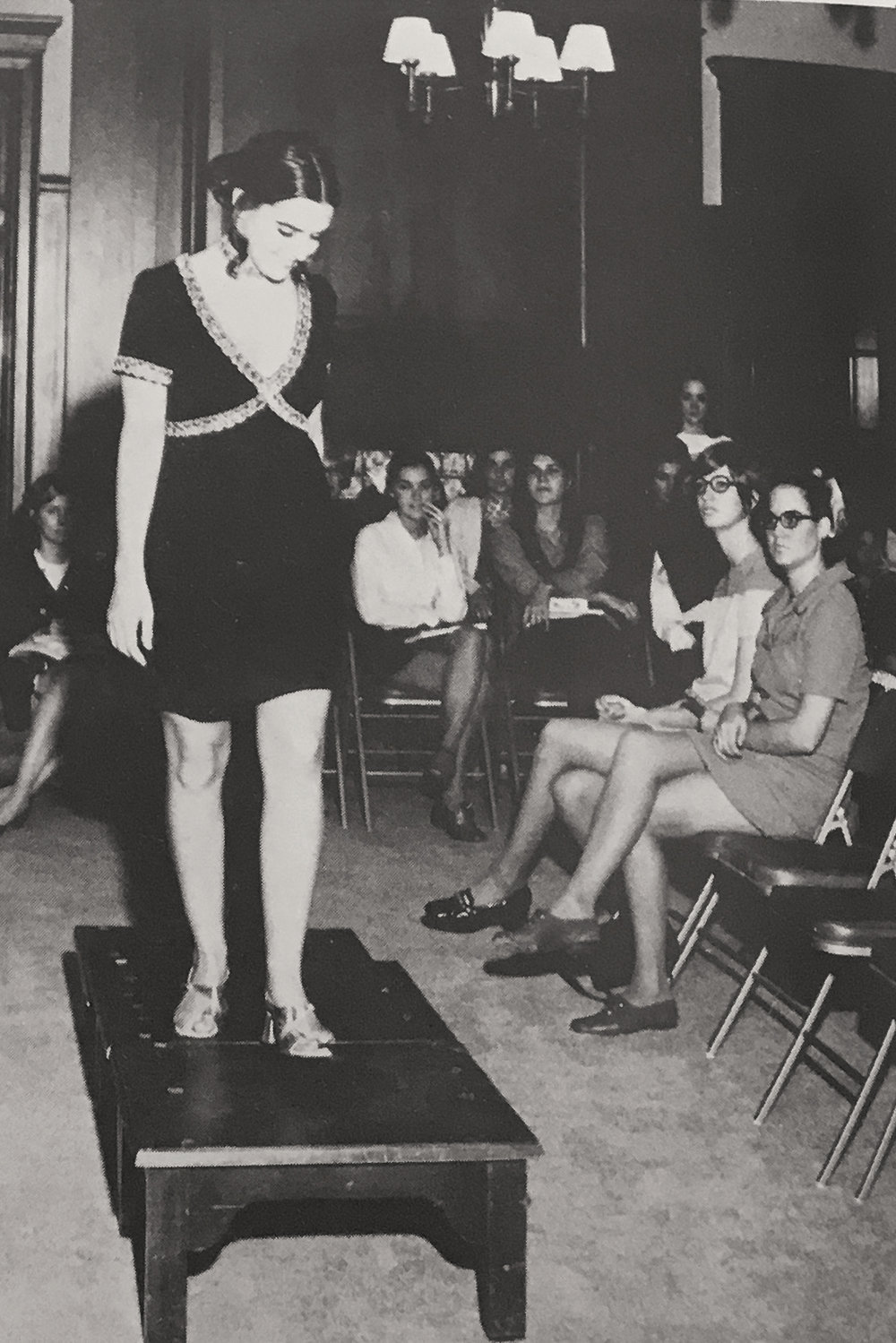 Fashion Show 1971 in Cactus.jpg