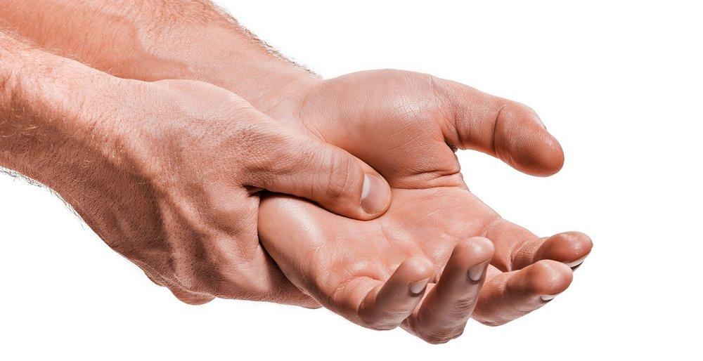 Heeft u polsklachten of andere klachten aan uw handen of armen? - Indien u woonachtig bent in Amsterdam Oost, Ijburg of Zeeburg dan kan fysiotherapeut Eelman u helpen!