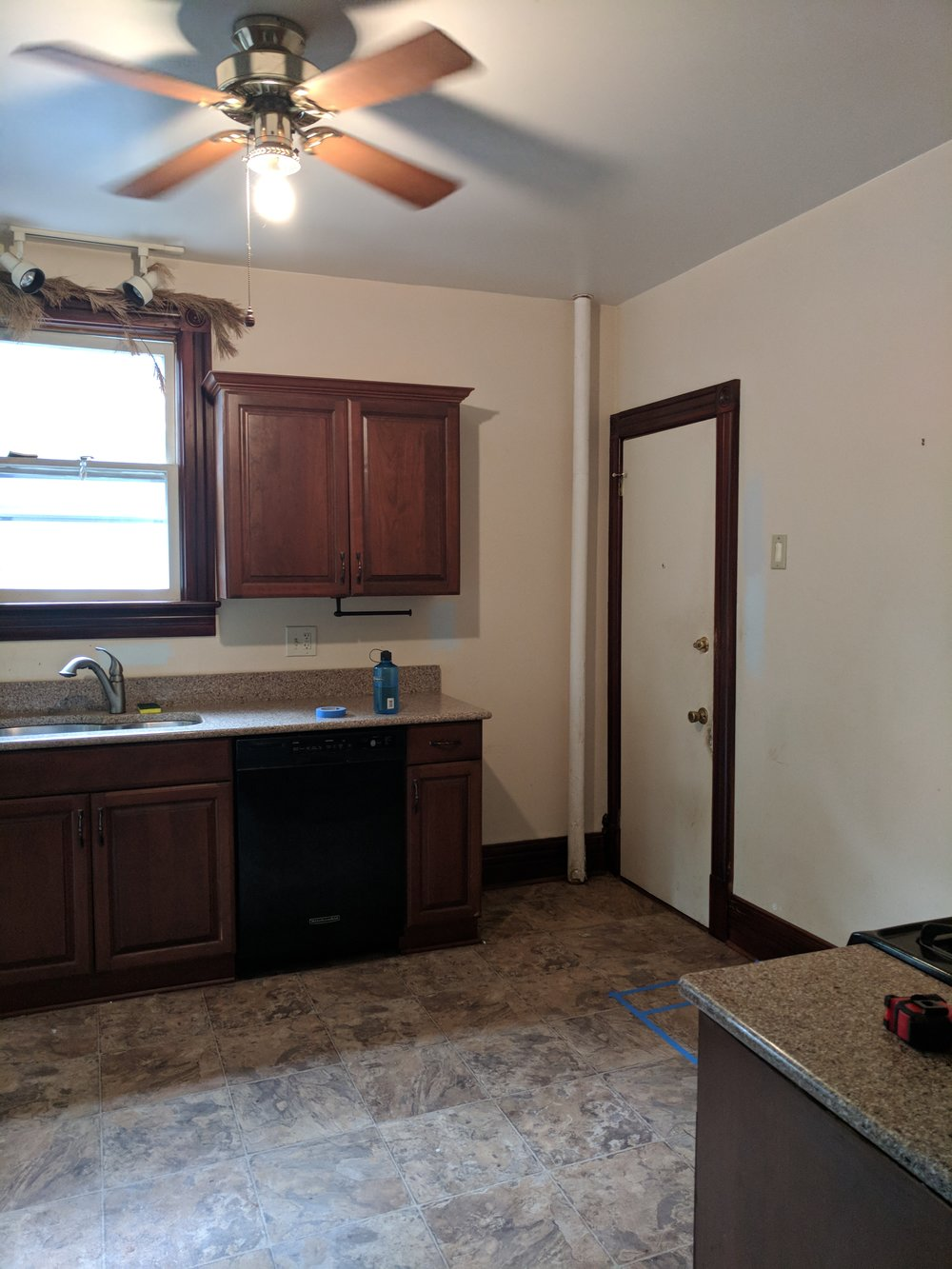 SOUTH-KITCHEN-NJ-RENOVATION-BEFORE.jpg