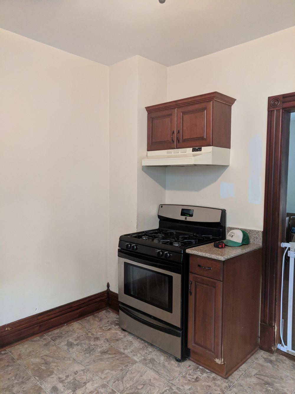 SOUTH-CONTENT-KITCHEN-RENOVATION-BEFORE.jpg