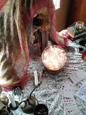 fortune teller crystal ball DIY.jpg