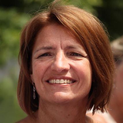 Nadine Vanovenberghe I  Strategic Business Development UQ Talents