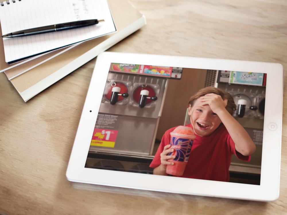 7-Eleven iPad.png
