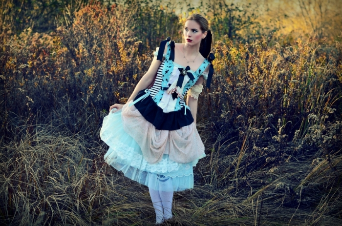 Alice in Wonderland, by Chloe Barcelou