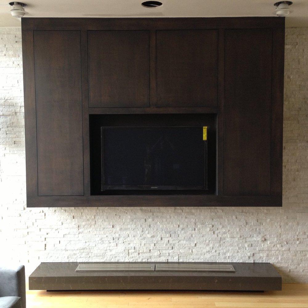 TV CONSOL -