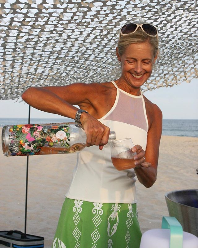 Serve tennis balls first, then serve rosé // The Whitney Illusion Top.  #hedgetennis