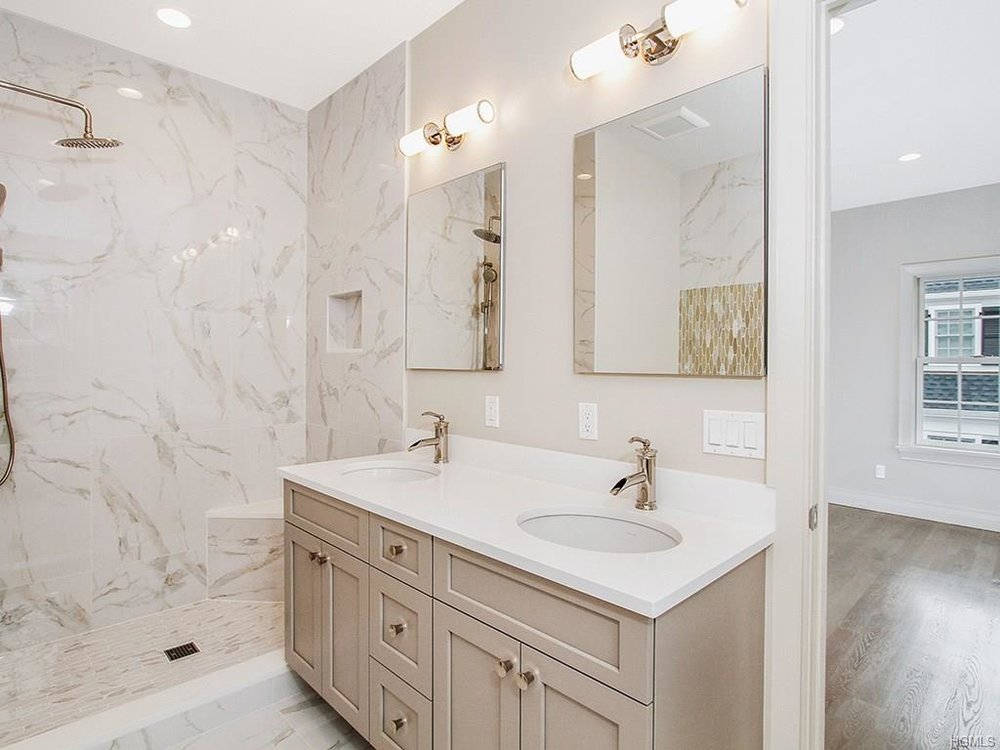 Overlook- Master Bathroom 1.jpg