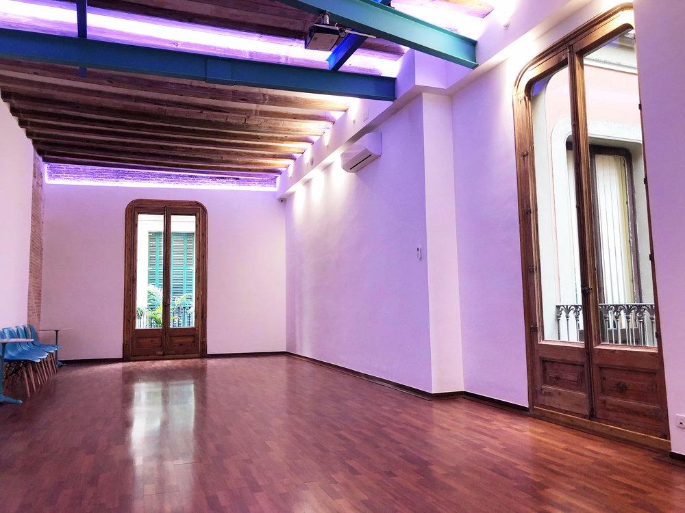 Foundery Lounge 3.JPG