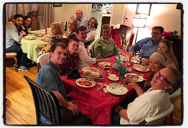 The gathering of the clan for Thanksgiving dinner at my sister Katy's house. We brought cranberries and corn muffins. #thankful #familytime #thanksgiving #familyphotography