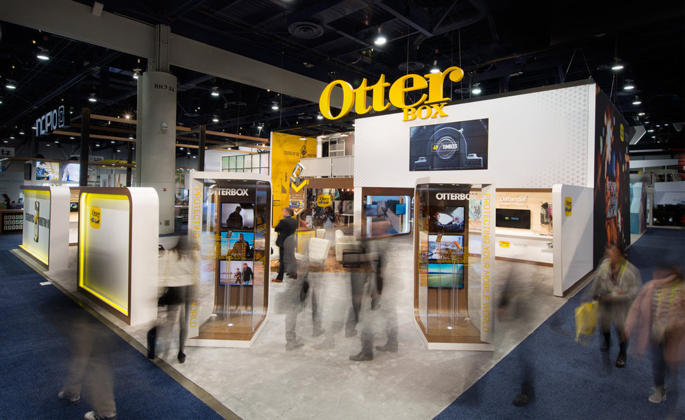 OtterboxLifeproof_CES_2016_7.jpg