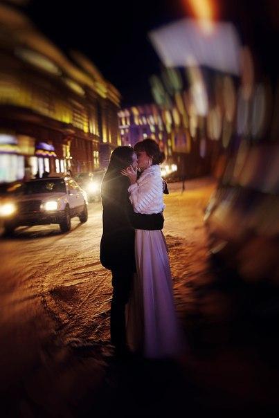 Norilsk Siberia - Couple kisses in the street