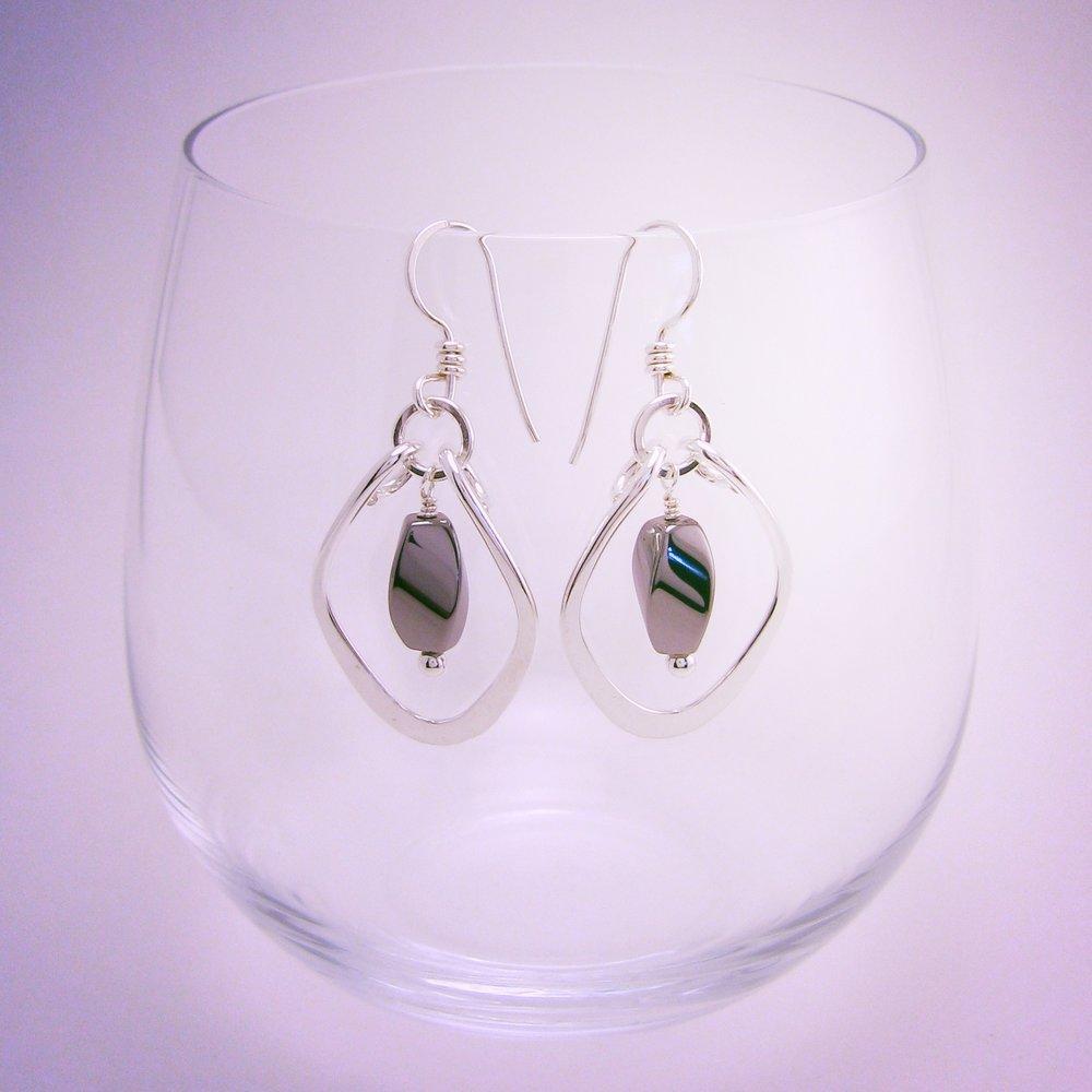 Hammered Diamond Earrings ER1107 90.jpg