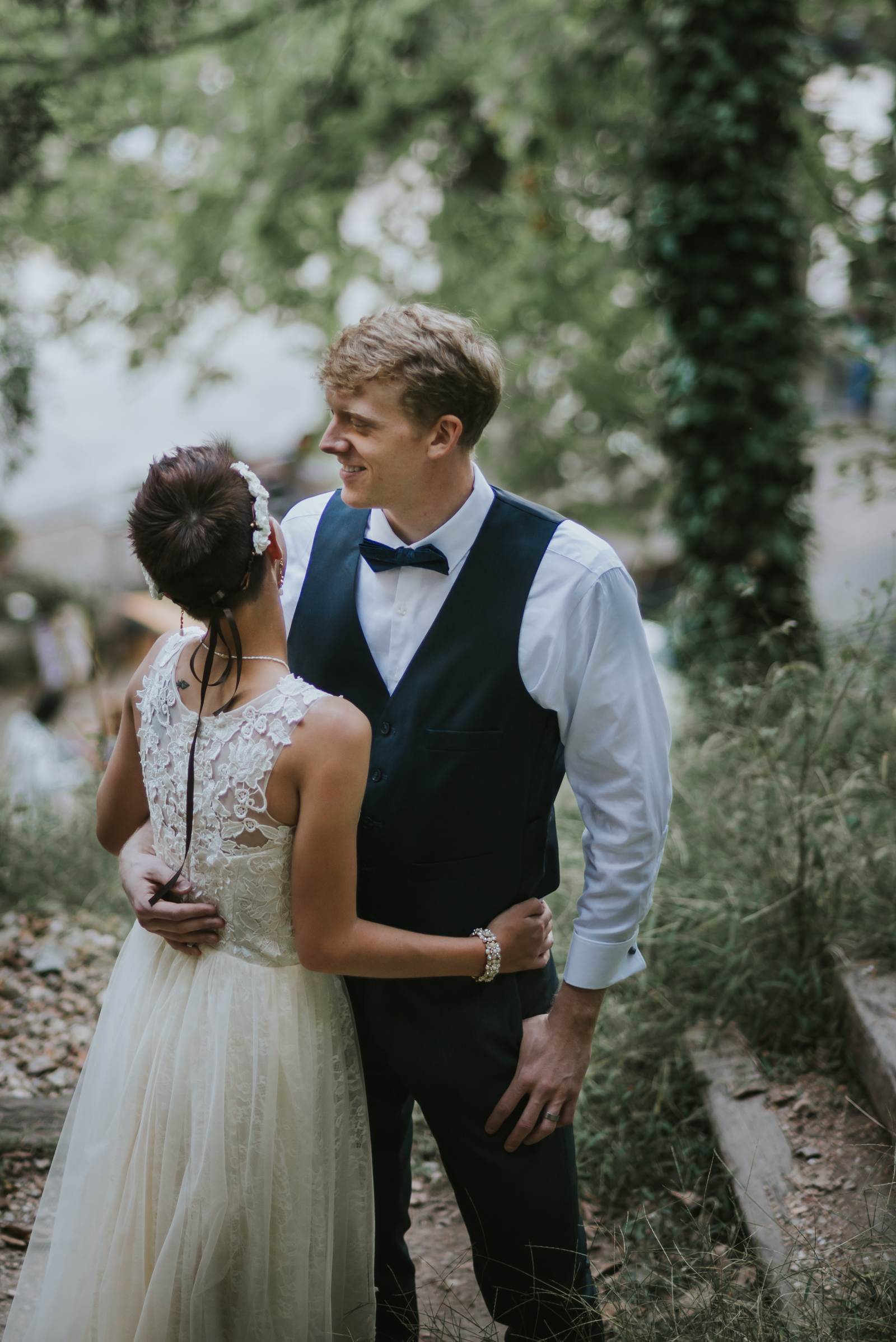 Eureka Springs Wedding Photography - Basin Park