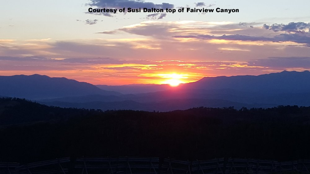 Sunset top of Fairview canyon.jpg
