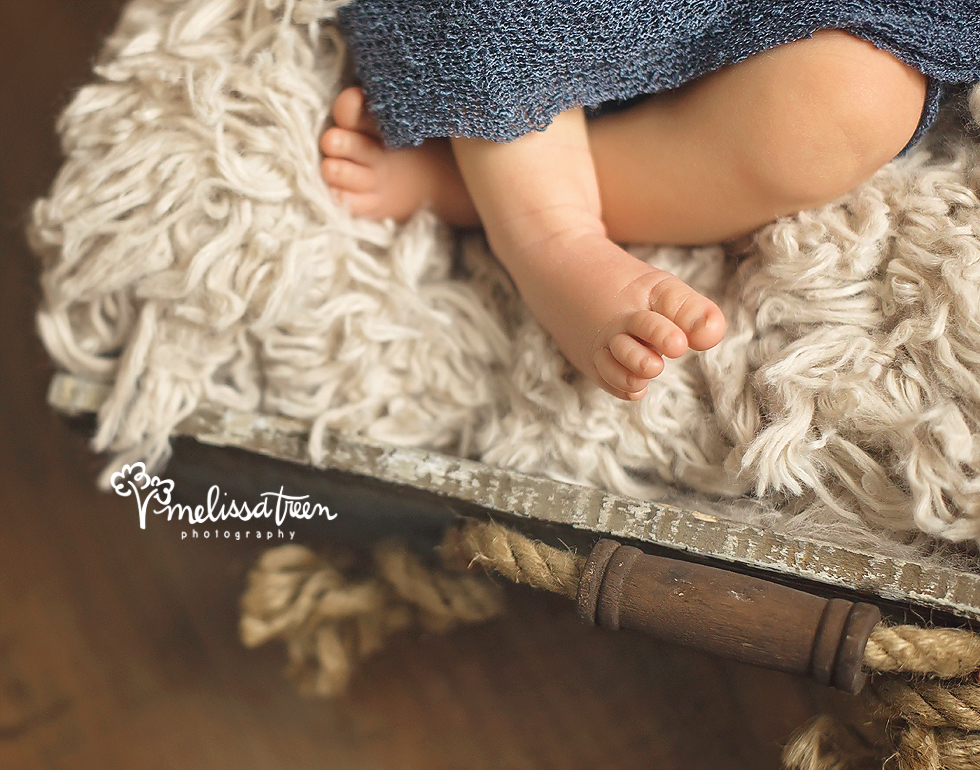 The tiny details are so important to capture during the newborn stage.  Newborns grow so quickly and things like their tiny toes, fingers and all the little details change before you realize it.  Our newborn photography allows you to hoghlight the many features of baby so you will have those memories to hold onto as baby quickly grows.
