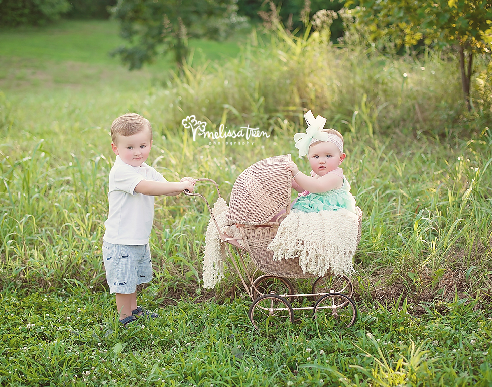 brother and sister baby family photo posing greensboro north carolina melissa treen photography burlington chapel hill nc baby pictures.jpg