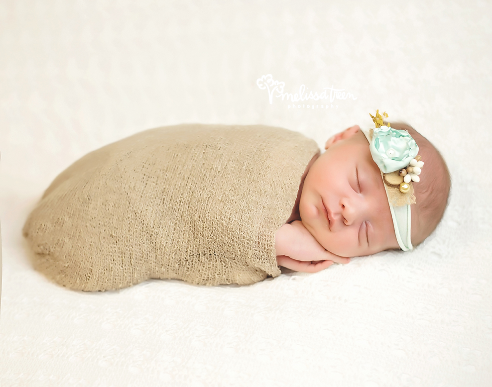 best-newborn-photographer-north carolina-greensboro-chapel hill-bulrlington-baby-pictures.jpg