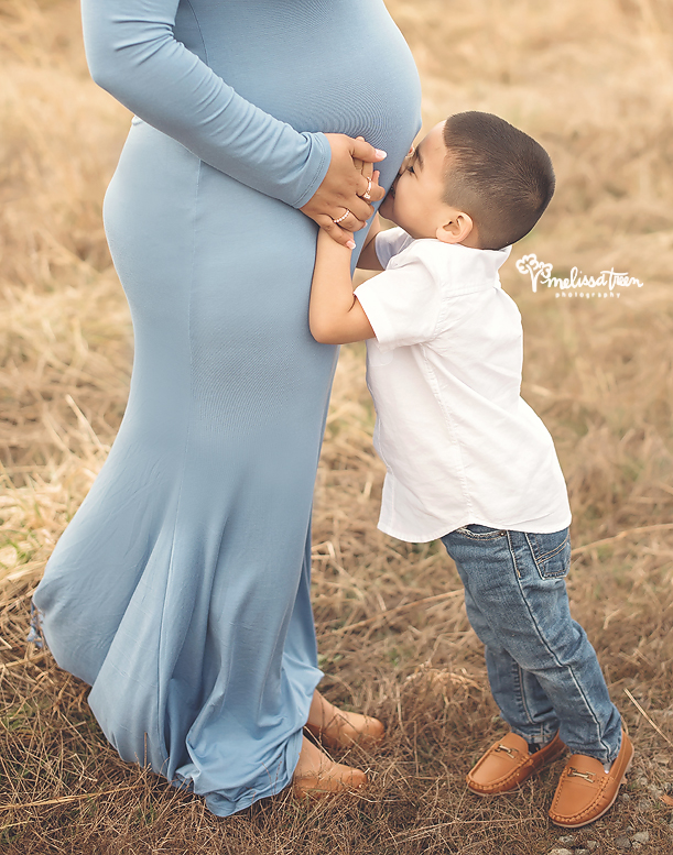 big-brother-maternity-photography-greensboro-burlington-chapel hill.jpg