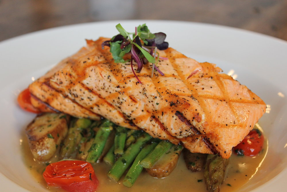 GRILLED ALASKAN KING SALMON