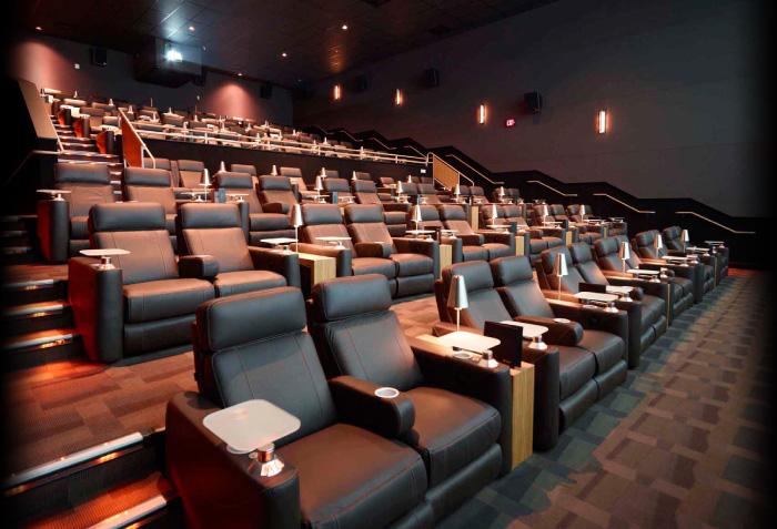 cmx theatre  62nd street