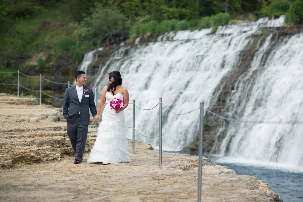 Eagle_Ridge_Resort_Wedding_Peer_Canvas_Beloit.jpg