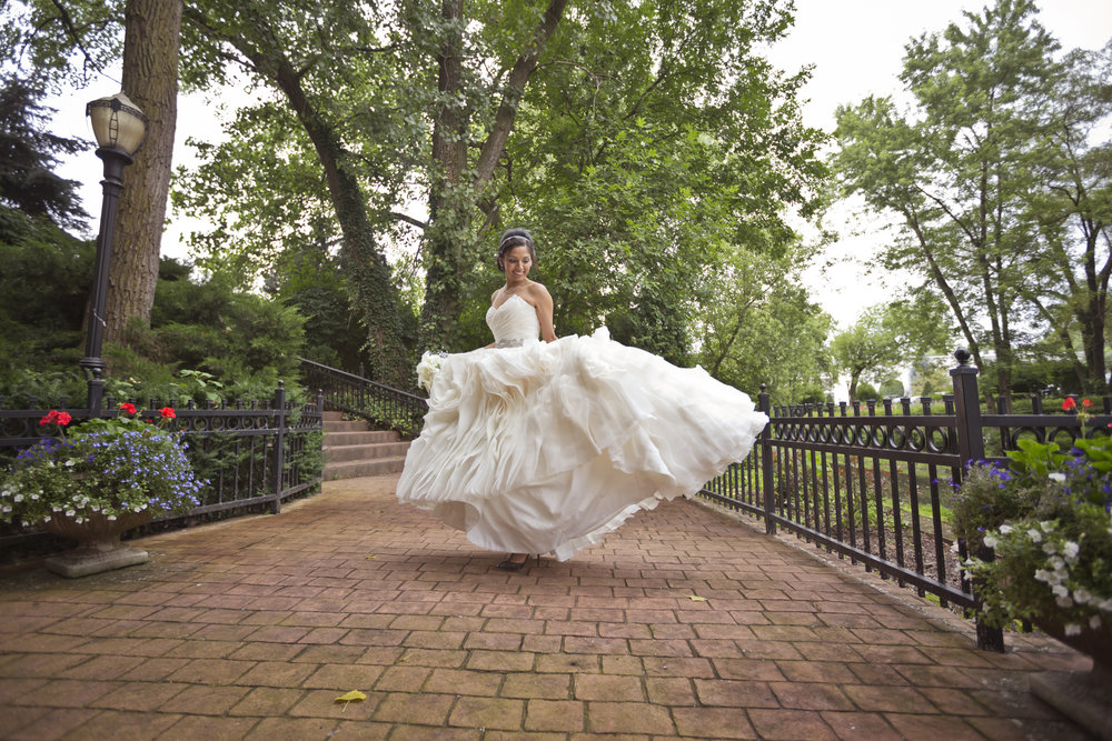 chateau_bu_sche_chicago_wedding_photographer_videographer05.jpg