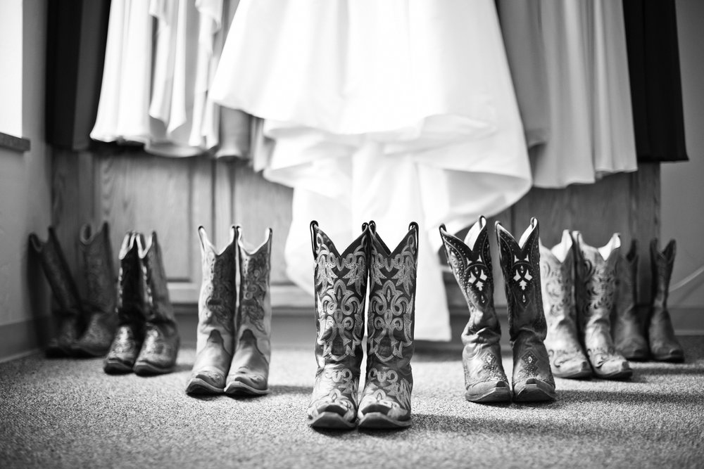 rustic_barn_wedding_photographer_wisconsin_milwaukee00.jpg